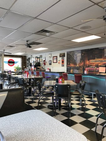 Becky Thatcher's Diner: photo1.jpg