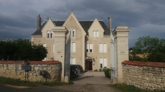 Cravant-les-Coteaux, Frankrijk: 20170709_190733_large.jpg