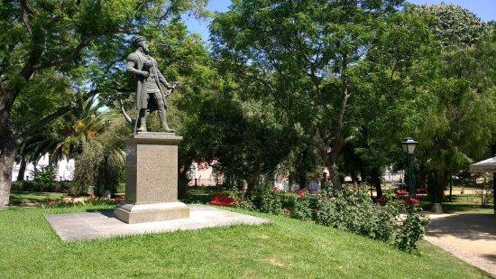 Statue of Vasco da Gama (Évora): Estátua de Vasco da Gama