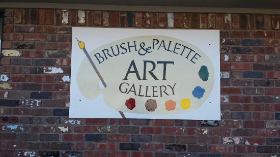 Grove, OK: Brush &Palette Art Gallery