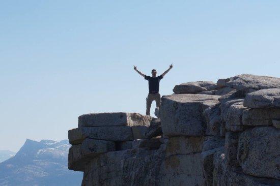 YExplore Yosemite Adventures - Day Tours : photo1.jpg