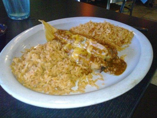 Γκάρλαντ, Τέξας: Beef tamales with double rice
