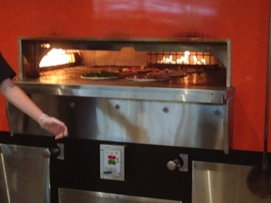 Holly Springs, NC: Oven