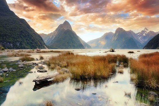 Alpine Adventures: Milford Sound