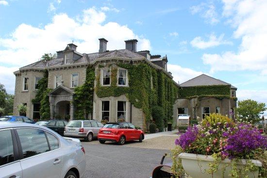 Rathnew, Ierland: Front Entrance