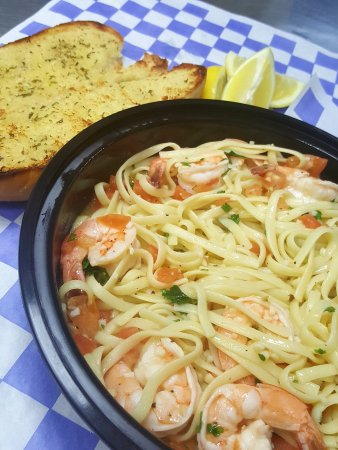Malden, MA: Shrimp Scampi w/ garlic bread!