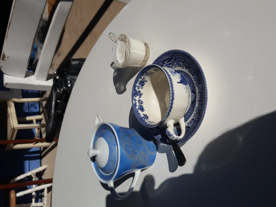 Amamoor, Australien: The Blue and White Teapot Cafe