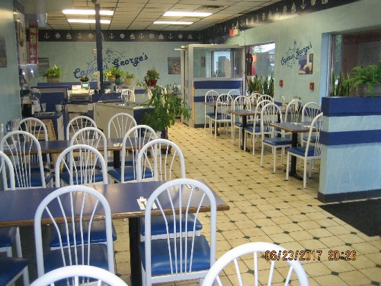 Campbellford, Canada: inside of the store