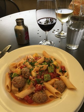 Roses Bakery Cafe: Pasta with lamb meatballs