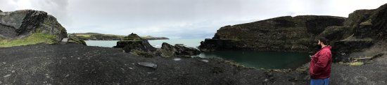 Abereiddy, UK: photo1.jpg