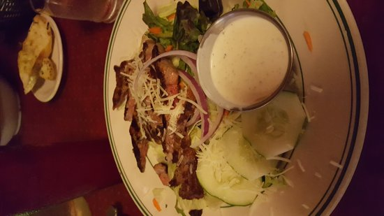Myers Steakhouse & Inn : Steak salad