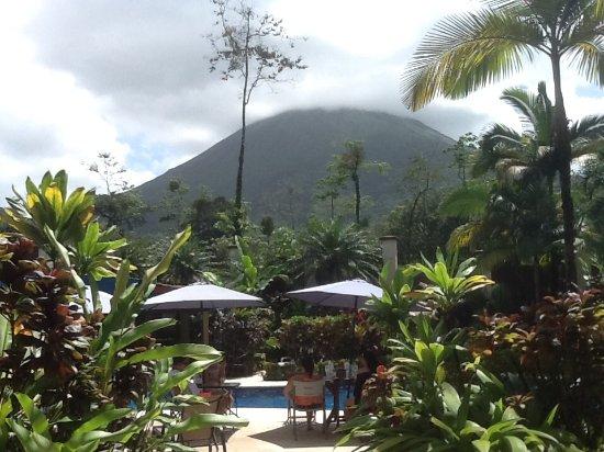 Hotel Magic Mountain: Vista del volcán