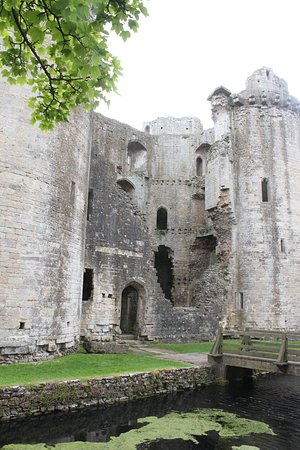 Nunney Photo