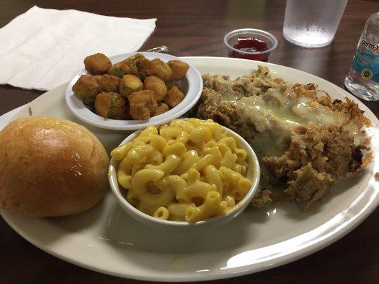 Cedar Bluff, AL: roll, fried okra, macaroni & cheese, chicken and dressing