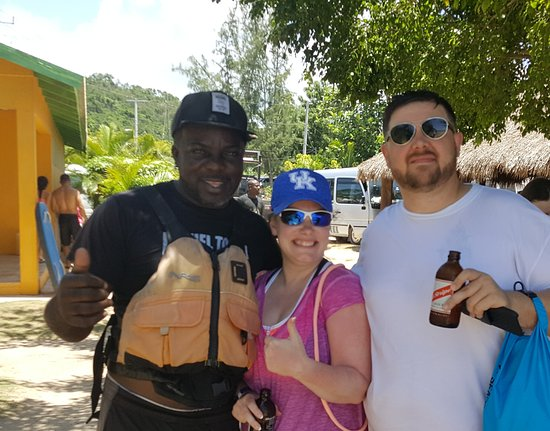Duncans, Jamaica: 20170723_215039_large.jpg