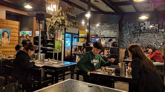 Strathfield, Australia: A corner in the open space at the back of the restaurant