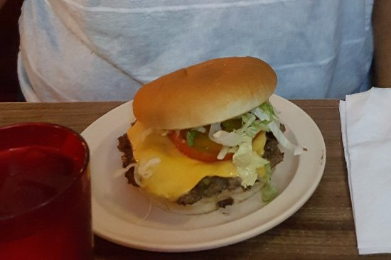 San Antonio, NM: This is the Green Chili Cheeseburger - yummy!