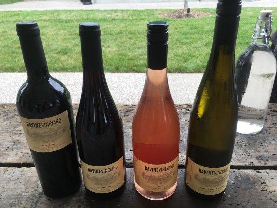 Ravine Vineyard Estate Winery: photo1.jpg