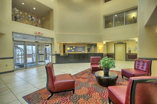 Grove City, OH: Lobby Lounge