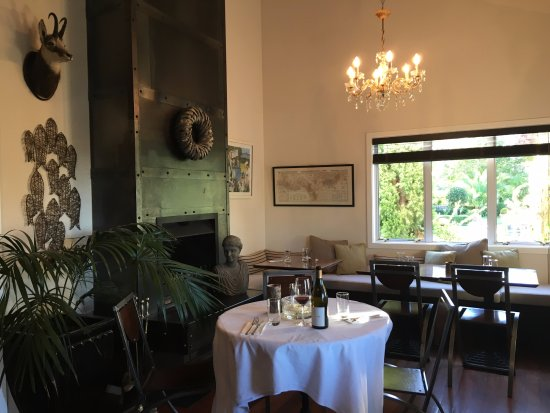 Hans Herzog Estate: Our charming and casual Bistro Dining Room