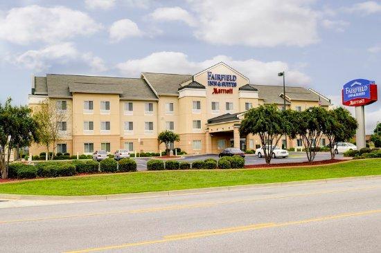 Warner Robins, GA: Fairfield Inn & Suites Exterior