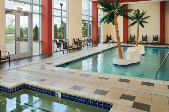 Bay City, MI: Indoor Pool and Whirlpool