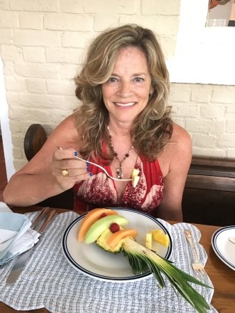 The Miller's House Bed and Breakfast: fancy fresh fruit plate:)