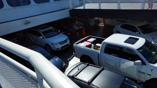 ซีดนีย์, แคนาดา: Cars Gallery in Ferry