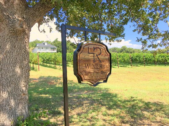 Muenster, TX: 4R Ranch Vineyards and Winery