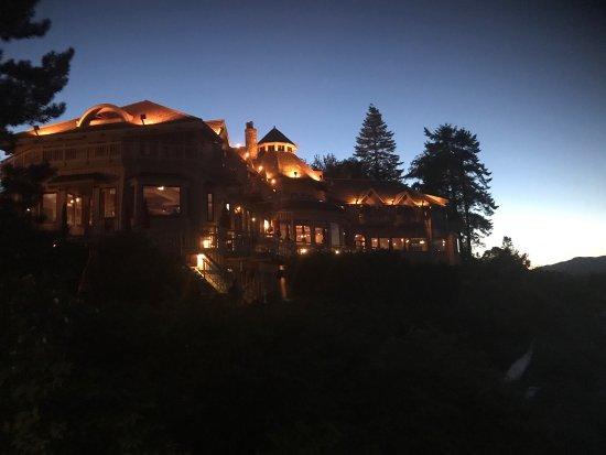 Painter's Lodge: photo1.jpg