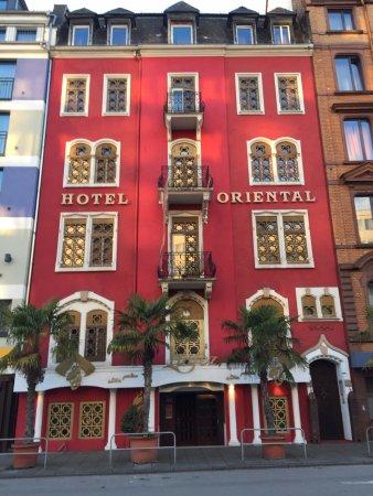 hotel villa oriental bewertungen fotos preisvergleich frankfurt am main deutschland. Black Bedroom Furniture Sets. Home Design Ideas