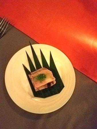 Heritage Restaurant: Nice pork canape...