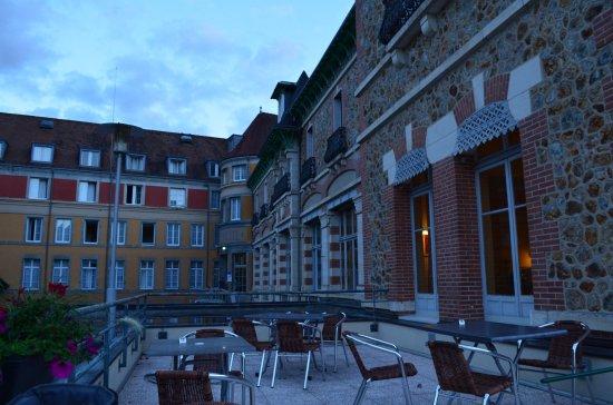 Evaux-les-Bains, France: Une des terrasses