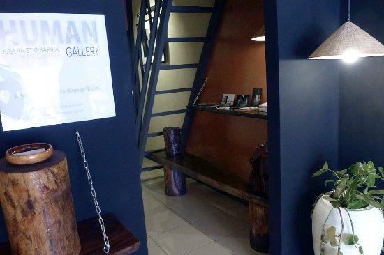 Battambang, Kambodja: HUMAN Gallery recoge varias de las mejores imágenes del fotógrafo humanitario Joseba Etxebarria.