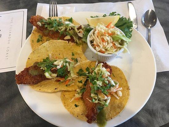 Garibaldi, ออริกอน: Fish Taco Special $8.50