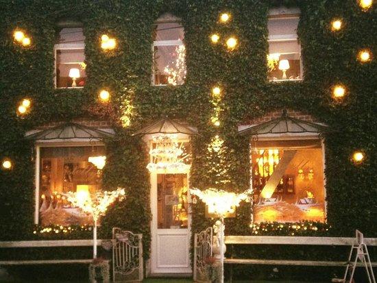 Castelly, Sint-Lievens-Houtem - Restaurantbeoordelingen - TripAdvisor