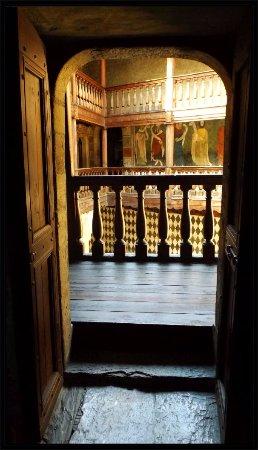 Fenis, Italien: interni