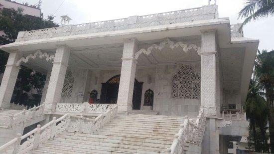 Sri Sri Radha Giridhari Temple