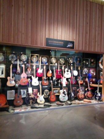 Keflavik, Iceland: Electric guitars
