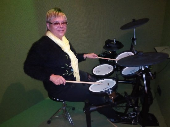 Keflavik, Iceland: I'm playing the drums