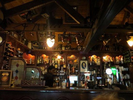 Laragh, ไอร์แลนด์: whiskey bar