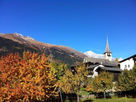 Ernen, Switzerland: Ein Blick ins Dorf