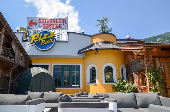 Fugen, Austria: Pizz Pub Terrasse