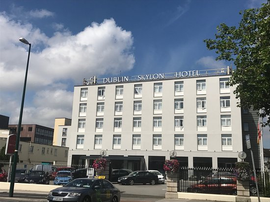 Dublin Skylon Hotel Reviews