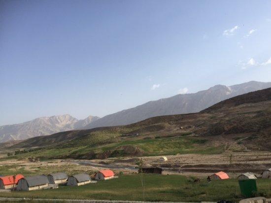 Chelgerd, Iran: Kouhrang Parvaz camp, surrounded by Bakhtiari nomads.
