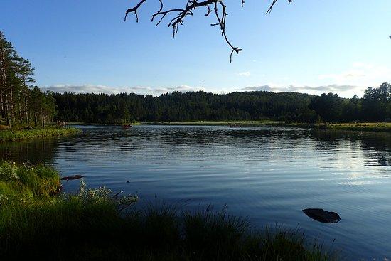 Geilo, Norvegia: The lake in the evening.