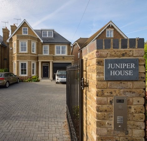 Juniper house b b east molesey england specialiseret for Juniper house