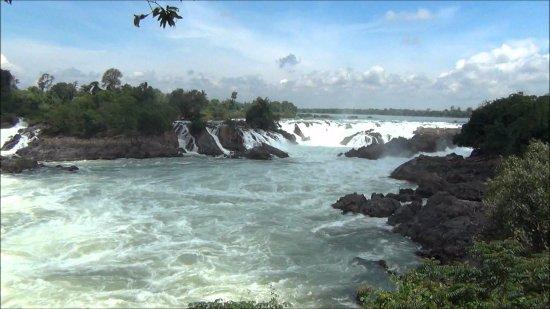 Pakse, Laos: konpapeng waterfall