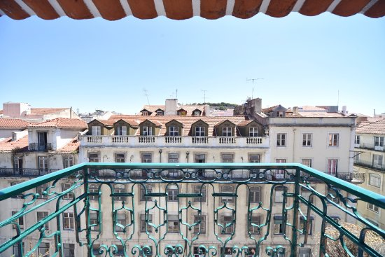 The lift boutique hotel from 72 7 6 updated 2018 for Best design boutique hotels lisbon