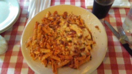 Farmington, CT: Baked Stuffed Ziti